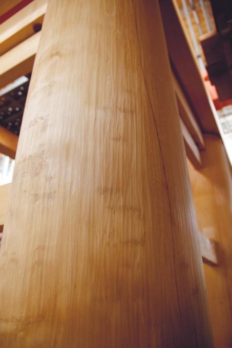 central pillar of a three-storied pagoda
