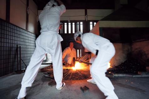 Sadatoshi Gassan forging.